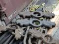 В Днепропетровске двое мужчин пытались похитить забор на центральной улице города