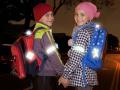 Гройсман хочет обязать детей носить светоотражатели в вечернее время