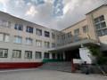 В Днепре первоклассник выпал из окна третьего этажа школы