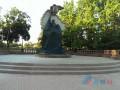 В центре Луганска подорвали памятник боевикам