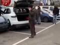 Девушка на Porshe разбила шесть машин на парковке в Киеве