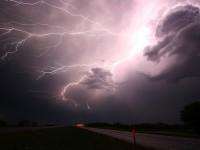 Погода в Украине на 30 мая: Сильные дожди и шквальный ветер