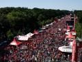 В Берлине десятки тысяч людей вышли на акцию за перемены в обществе