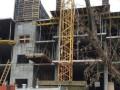 В Киеве прокуратура требует демонтировать пять этажей новостройки