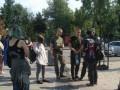 В Киеве парни с нашивками националистов избили девушку