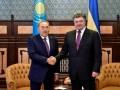 Назарбаев пригласил Петра Порошенко летом посетить Казахстан