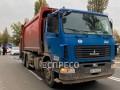 В Киеве мусоровоз задавил пешехода