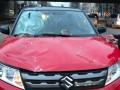 Куски Дегтяревского моста рухнули на автомобиль в Киеве