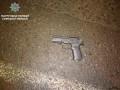 В Сумах мужчина устроил стрельбу в магазине и пытался сбежать от патрульных