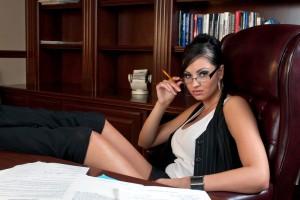 Турагентам с презентабельной внешностью в Киеве платят 40000 грн./месяц