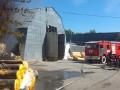 Спасатели потушили пожар на складе пенопласта в Броварах