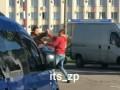 В центре Запорожья произошла драка между водителем и пешеходом