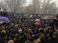 В Ереване вспыхнули протесты, возводятся баррикады