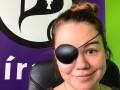 Депутат Пиратской партии Исландии вынуждена носить повязку на глаз