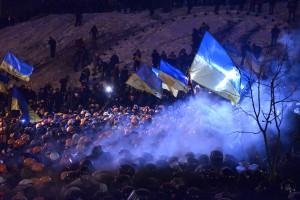Янукович решил зачистить Майдан чтобы показать, что он контролирует ситуацию, - политолог