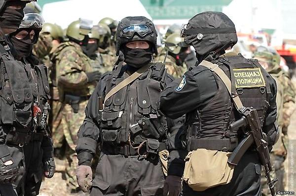 Российские спецназовцы на