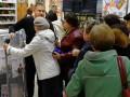Посетители магазина устроили давку за сушилки по акции