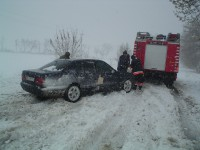 Под Одессой сотни автомобилей застряли в снегу