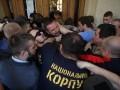 Штурм ратуши во Львове: Садовой пожаловался Авакову на Нацкорпус