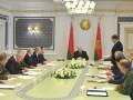 Лукашенко советует протестующим найти работу