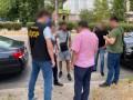 В Днепропетровской области чиновника поймали в момент получения взятки