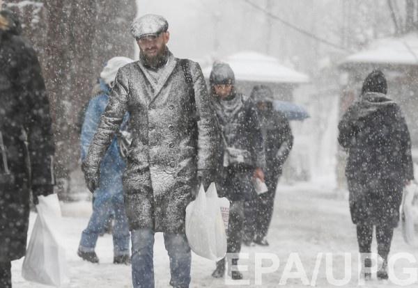 В Киеве запретят въезд грузовикам, могут сделать выходным 19 марта