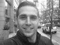 Звезда сериала Баскетс устроил стрельбу и совершил самоубийство