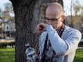 В Киеве неизвестные избили военного фотографа