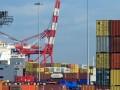 Украина наращивает экспорт товаров быстрее импорта