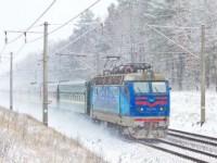На Новый год и Рождество Укрзализныця назначила 23 дополнительных поезда