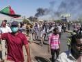 В Судане тысячи демонстрантов требуют отставки президента