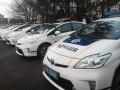 В Киеве хулиганы повредили машину побеседовавших с ними полицейских