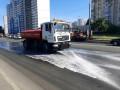 В столице во время жары тщательнее моют дороги и тротуары