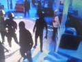 Неизвестные с оружием напали на ночной клуб в Одессе (видео)