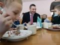 Кличко проверил качество питания в киевских школах