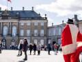 Правительство Дании ушло на самоизоляцию