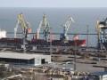Россия заблокировала 35 украинских кораблей в Азовском море