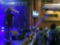 Поклонники Ани Лорак прогнали свободовца Мирошниченко с концерта