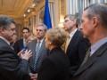 Порошенко обсудил с конгрессменами США ситуацию на Донбассе
