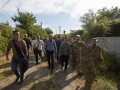 Зеленский и Туск посетили Станицу Луганскую