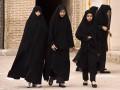 В Иране мужчинам и женщинам запретили переписываться в Интернете