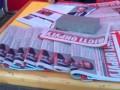 В палатках Порошенко агитируют за скандального регионала (видео)