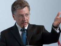 США помогут прекратить войну на Донбассе - Волкер