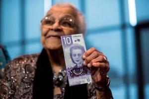 В Канаде войдет в обиход вертикальная банкнота