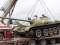 Боевики вывезли танк из музея войны в Донецке