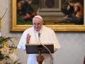Папа Римский рассказал, когда привьется от COVID-19