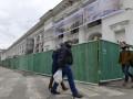 Суд отказался отменить постановление Кабмина об исключении Гостиного двора из списка памятников