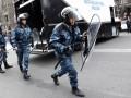 В Ереване во время захвата отдела полиции погиб человек