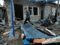 Обнародовано видео из обстрелянного поселка Красный Пахарь