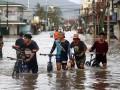 Тайфун на Филиппинах: 10 человек погибли, трое пропали без вести